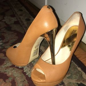 Michael Michael Kors Heels, Brown and Gold Pumps